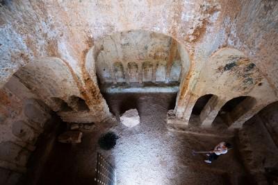 Apulia - Lama d'Antico hypogeum village